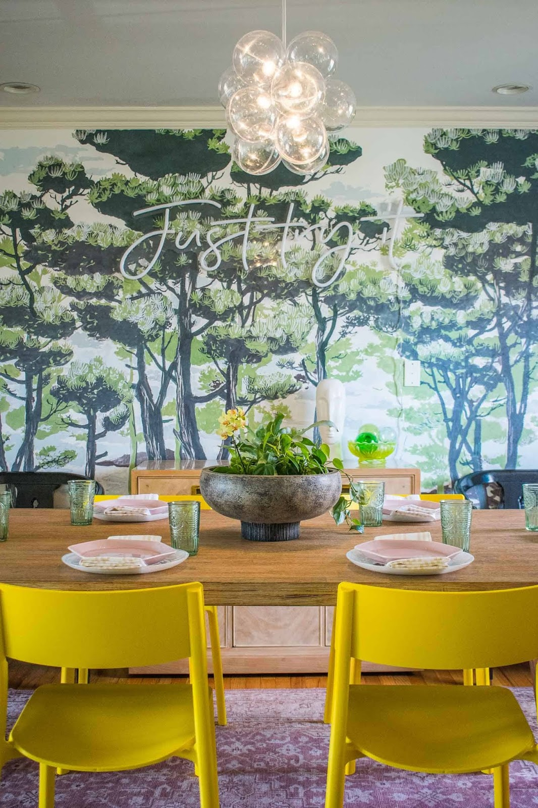 como decorar un salón comedor con personalidad