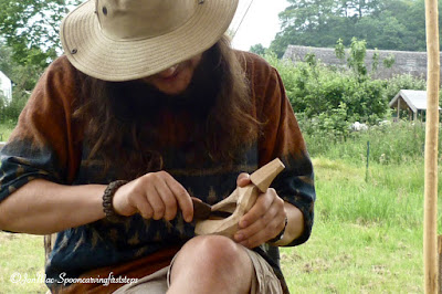 hooking-out-a-kuksa
