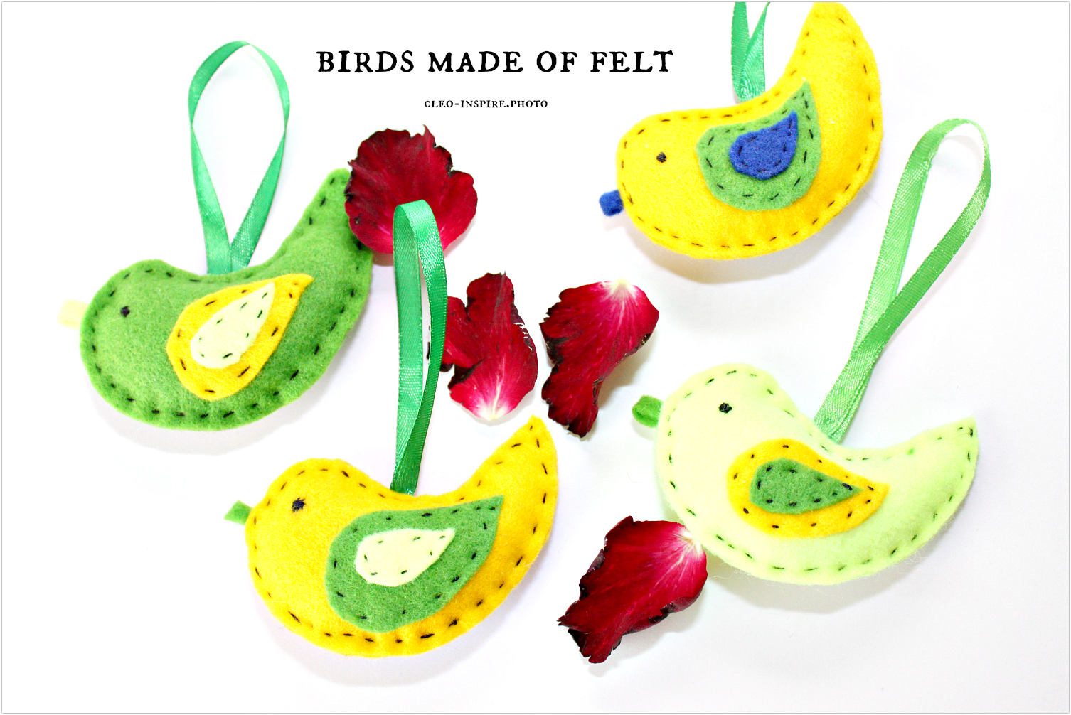 birds made ​​of felt