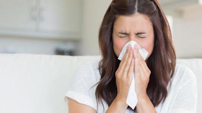 15 Cara Efektif Mencegah Penyebaran Virus Corona (COVID-19) - Etika Ketika Bersin, Batuk dan Pilek