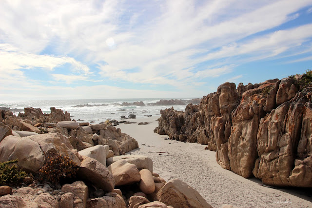 Travel South Africa. Vast and unspoilt coast line - Trip to Namaqualand
