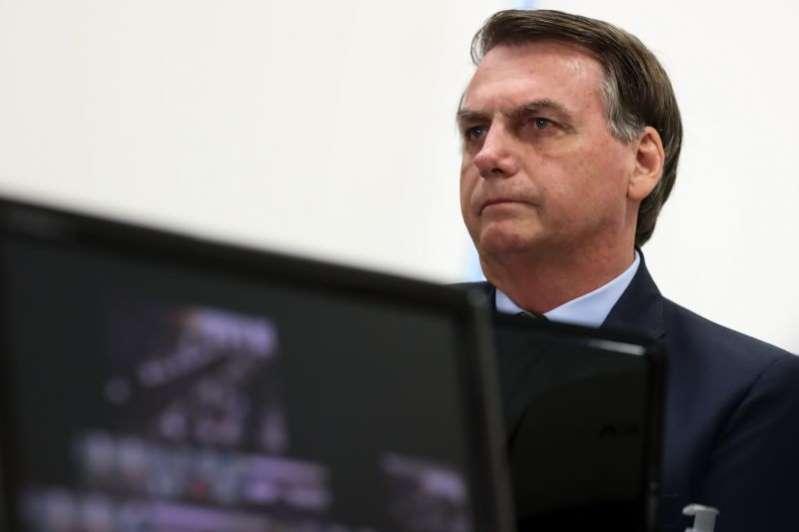 """""""O maior remédio pra qualquer doença é o trabalho"""", diz Bolsonaro"""