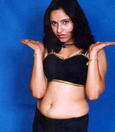 Malayalam hot actress Navel show