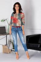 Bluza Erica kaki cu imprimeu rosu si crem