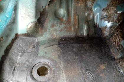 DIY : ganti / pasang lubang tutup karet dek lantai Toyota Soluna 2000 {tweet4nn4}