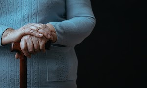 Nova Previdência corta BPC inicial de idoso pobre de R$ 998 para R$ 400