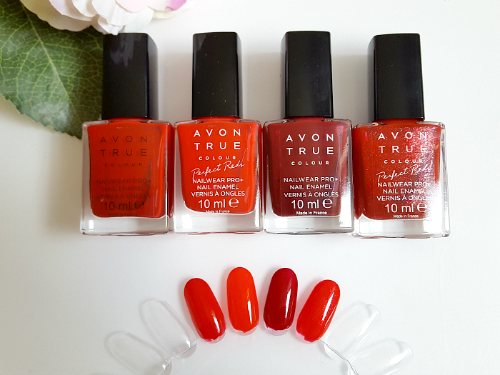 Review: AVON True Colours Perfect Reds Nailpolish - real red - red bombshell - cherry jubilee - ruby slipper