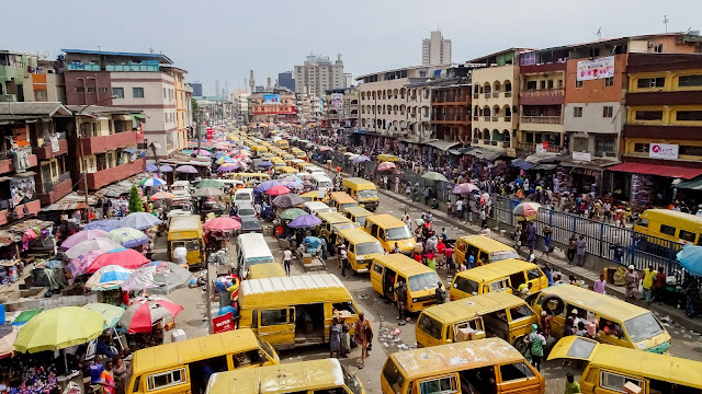 Old european cars are the new African cars. Reduction of pollution is guaranteed.