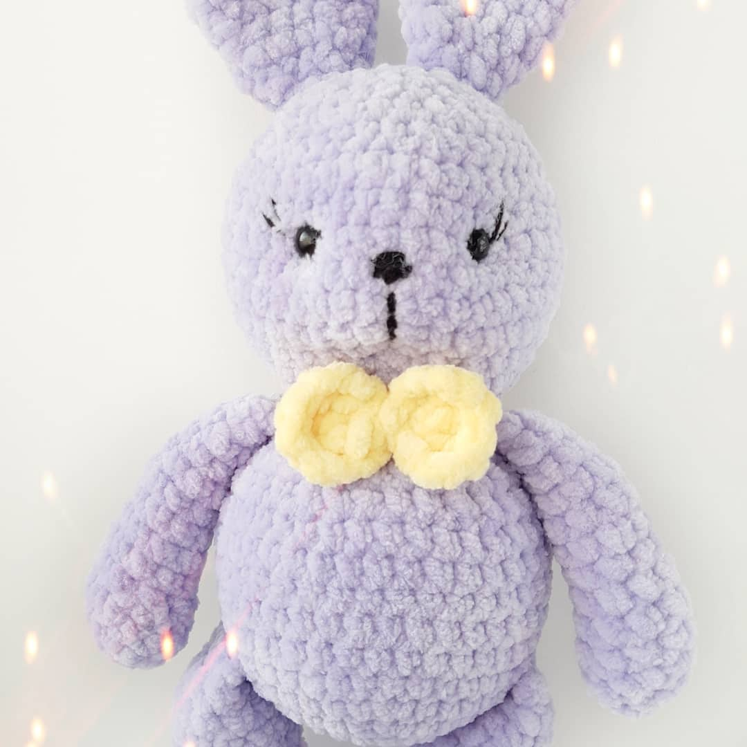 Amigurumi bunny from plush yarn