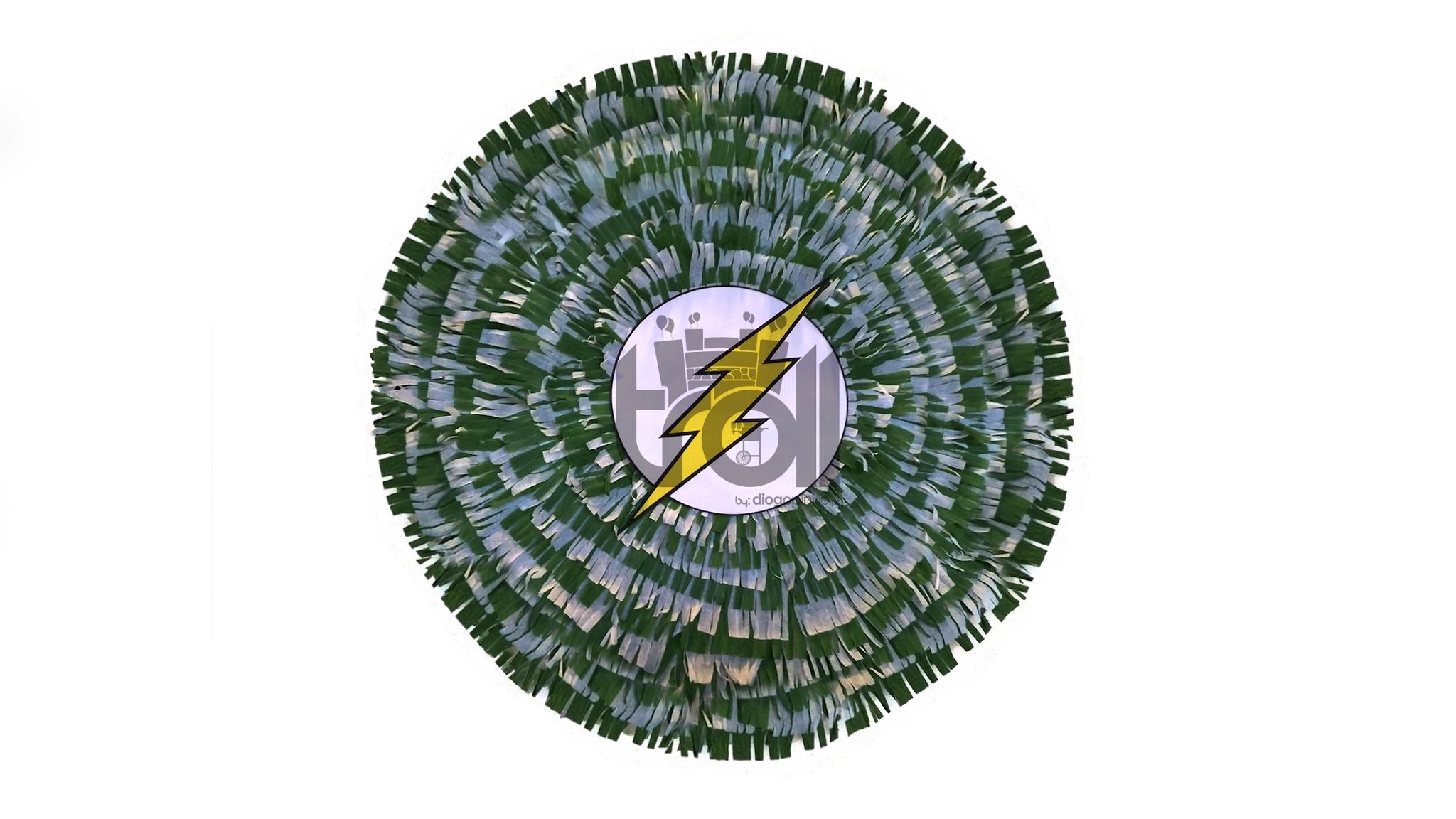 Pinhata tambor Flash | Troll - Soluções para eventos