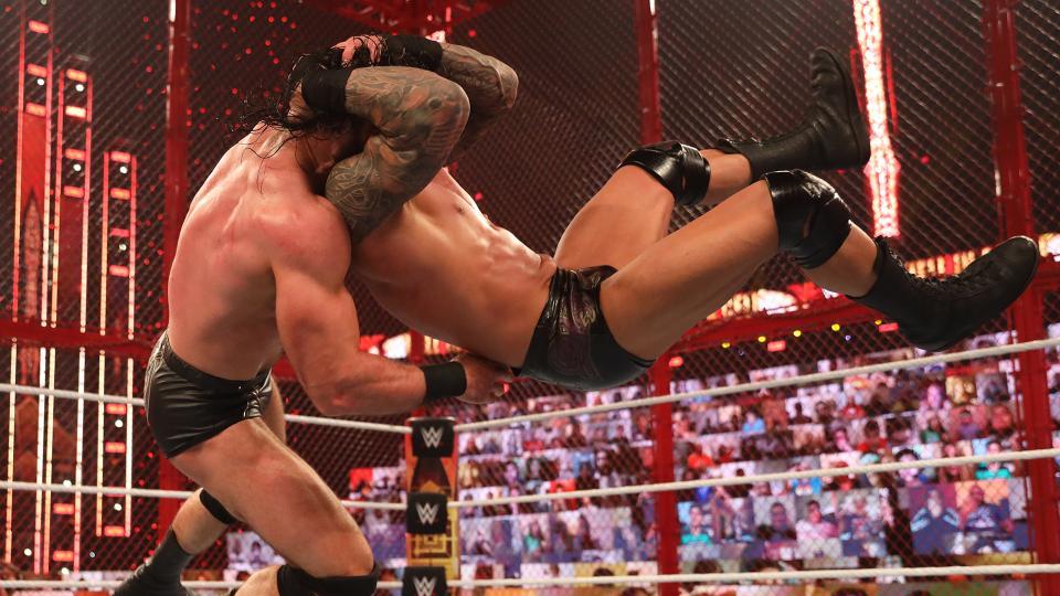 Revelados os produtores responsáveis pelas principais lutas no WWE Hell in a Cell