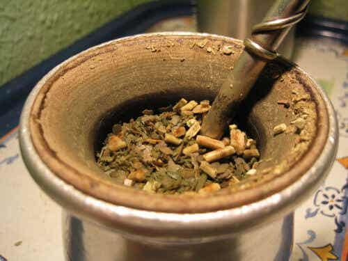 Cách làm sạch cơ thể với trà Yerba Mate