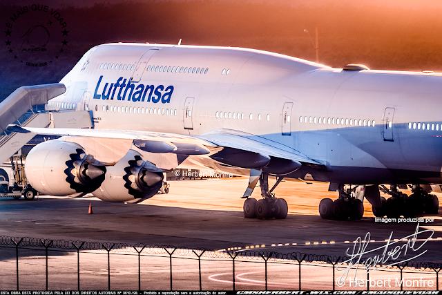 Acionistas do Grupo Lufthansa faz acordo e aprovaram o programa de ajuda do governo alemão   Foto © Herbert Monfre - Fotógrafo de avião - Eventos - Publicidade - Ensaios - Contrate o fotógrafo pelo e-mail cmsherbert@hotmail.com   Imagem produzida por Herbert Pictures - É MAIS QUE VOAR