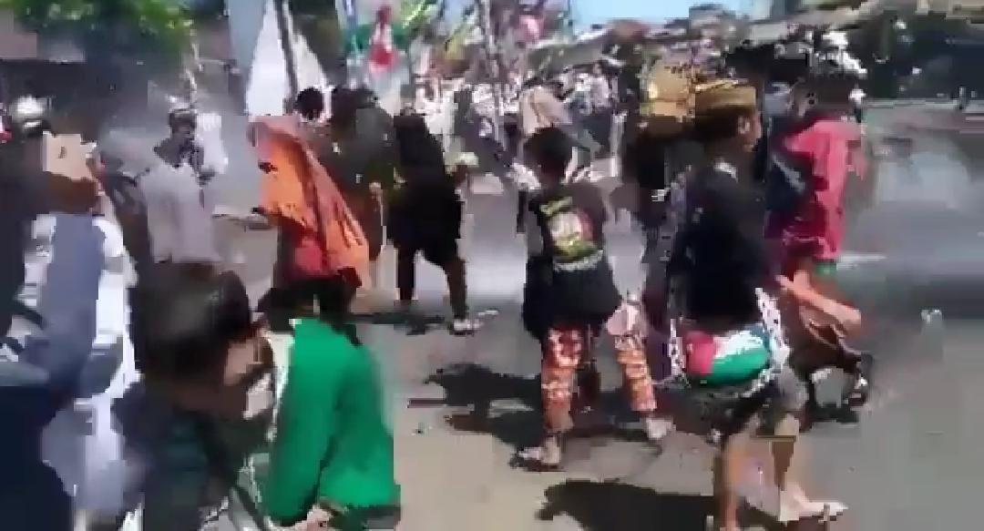 Begini Kronologi Aksi Demo Massa Pembela HRS di Tasikmalaya Berlangsung Ricuh