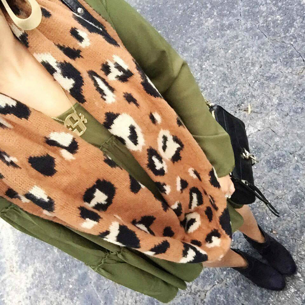 leopard scarf, olive green dress