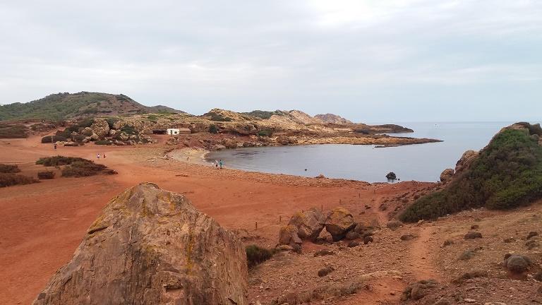 playa-binimela-imprescindibles-que-hacer-ver-Menorca