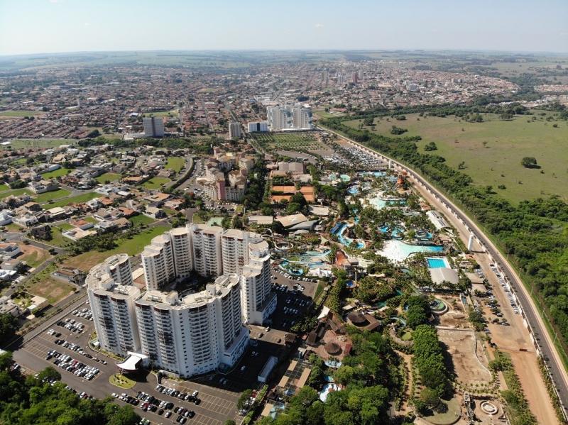 Parques aquáticos de Olímpia se mantêm entre os 10 mais visitados da América Latina