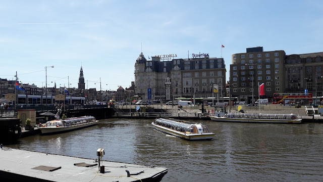 Park Plaza Victoria in the heart of Amsterdam
