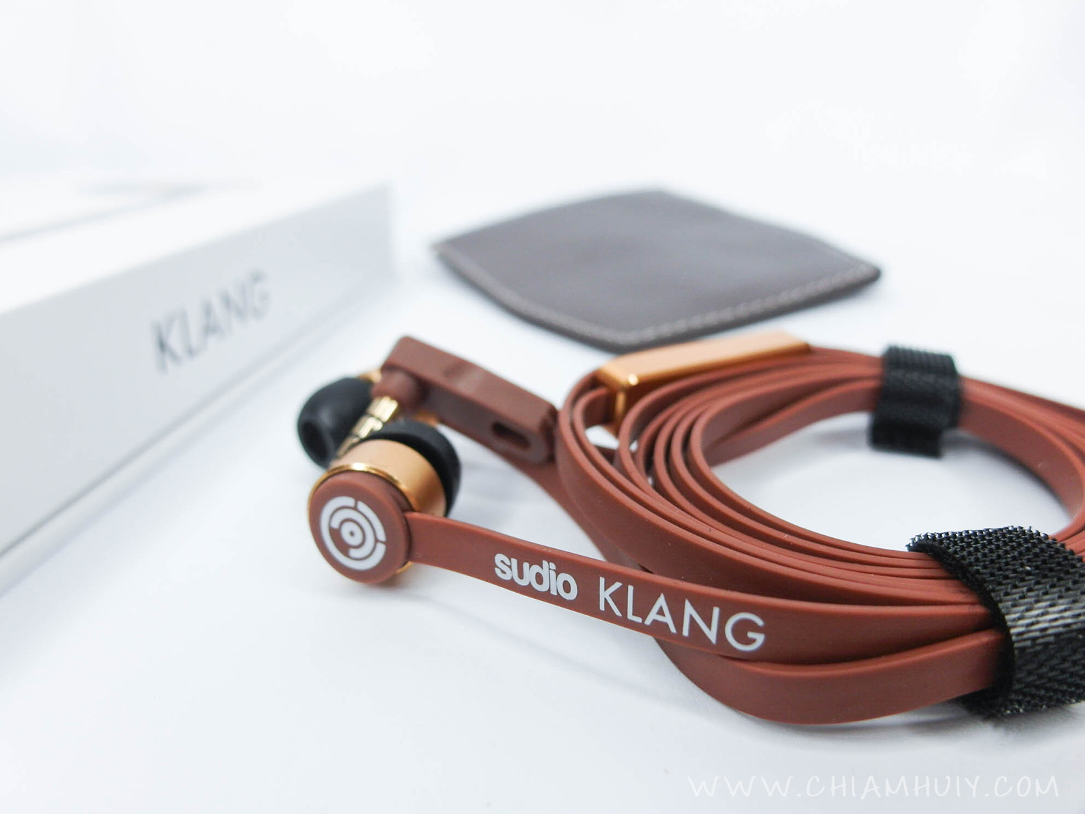 53b499d8397 For our November's subscription box, we will be featuring Sudio Sweden  Klang earpiece valued at $109! We GUARANTEE that you will not find any  other places ...