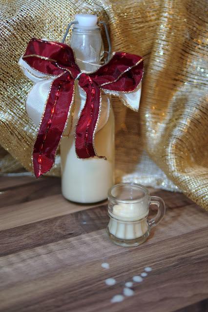 Weißer Schokolikör mit Amaretto | Rezept | Getränk | Alkohol | Weihnachten