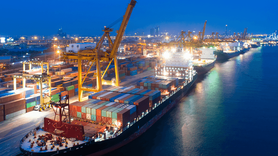 Porto de Santos estabelece em maio novos recordes de movimentação