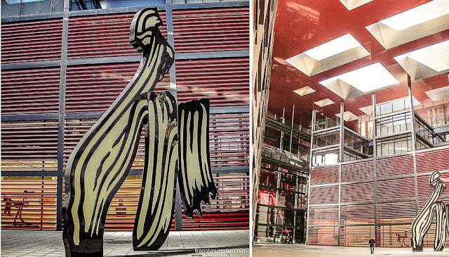 """Escultura """"A Pincelada"""", de Roy Lichtenstein, no Museu Nacional Centro de Artes Reina Sofia, Madri"""