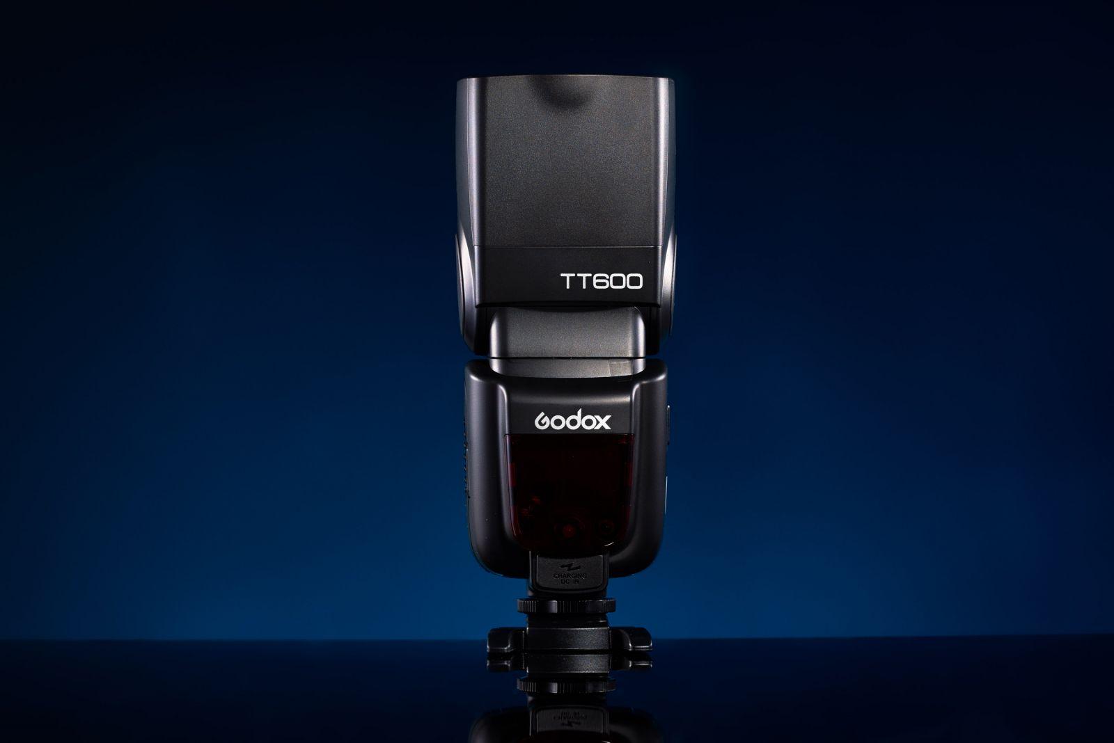 Вспышка Godox TT600