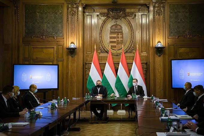 Orbán Viktor: Hat hónappal meghosszabbítja a kormány a hitelmoratóriumot - videó