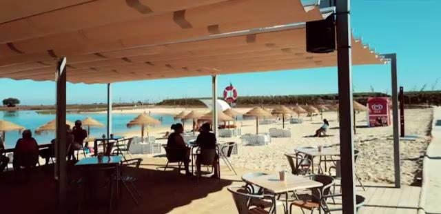 Café/restaurante da Praia dos Cinco Reis