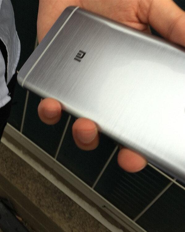 Leaked-photos-Xiaomi-redmi-Pro