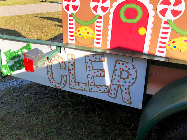 Cricut Christmas Crafting with Crafty Melinda