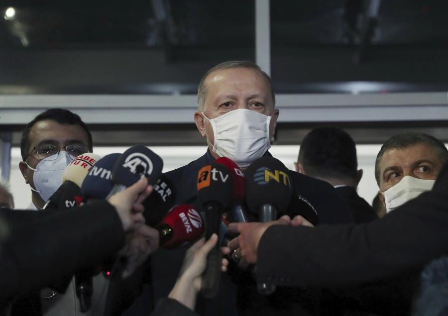 Ερντογάν: Δε θα ζητήσουμε την άδεια της Ουάσιγκτον για να αγοράσουμε νέους S-400
