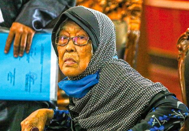 Siti Asiyah, Nenek 82 Tahun yang Duduk di Kursi Terdakwa PN Surabaya