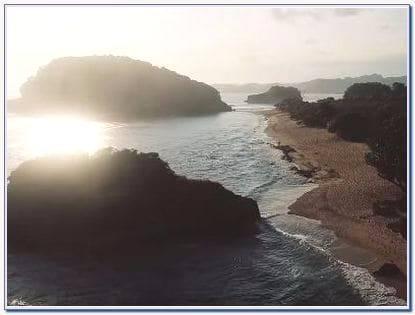 Rute Pantai Watu Leter
