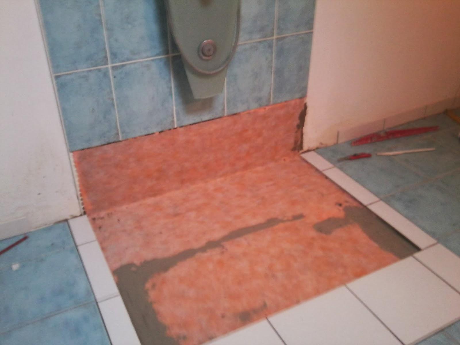 Philpro carreleur Remplacement douche italienne par bac extra plat en céramique chantier à Ruffigny
