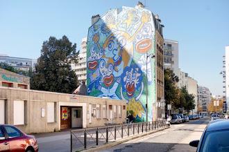 Paris : La Terre, une fresque signée Hervé Di Rosa - 96 rue d'Alleray - XVème