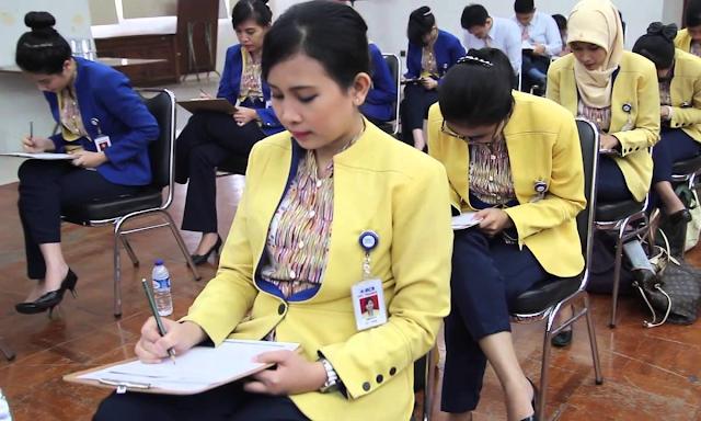 3 Tips Cermat Mencari Lowongan Kerja Bank BCA Bagi Fresh Graduate