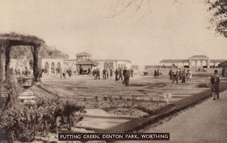 Putting Green, Denton Park, Worthing - postcard. Unposted. Undated