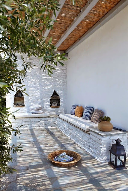 Ideas To Create a Mediterranean Terrace 9