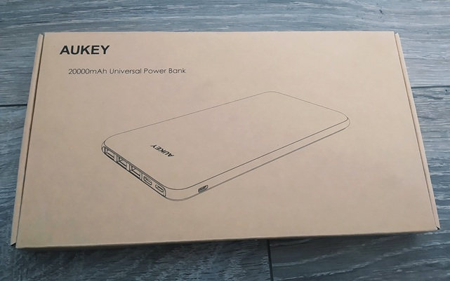 Aukey PB-Y14: caja
