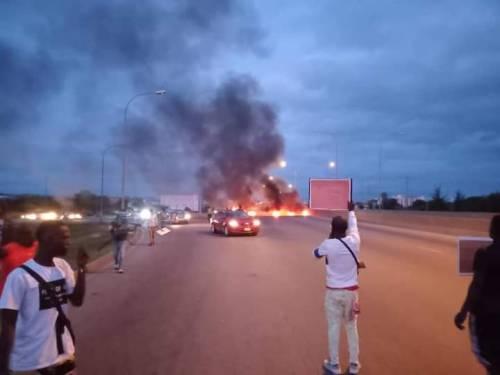 Protesters storm Abuja demanding President Buhari to Go