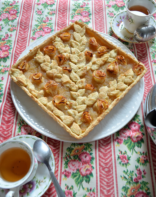 Tarte fleurie à la compote de pommes