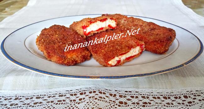 Peynirli Közlenmiş Kırmızı Biber Kızartması