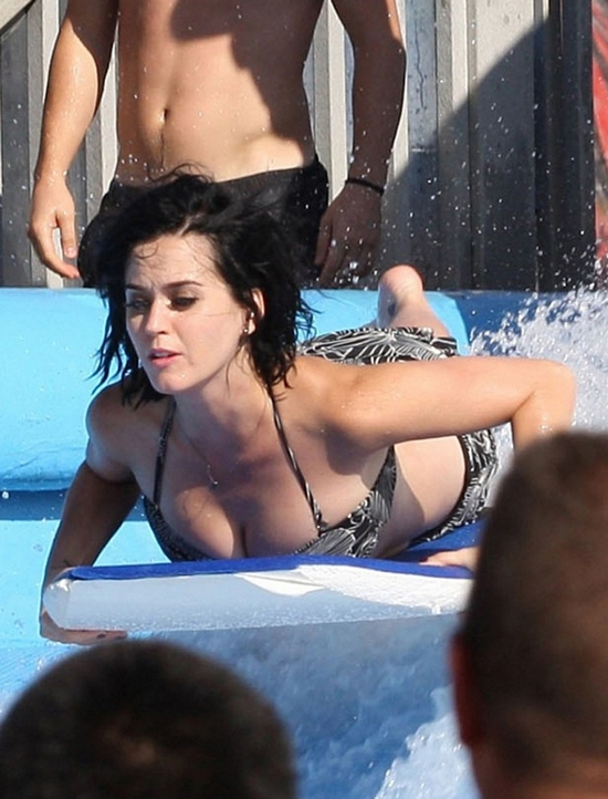 Wardrobe katy malfunction ass perry