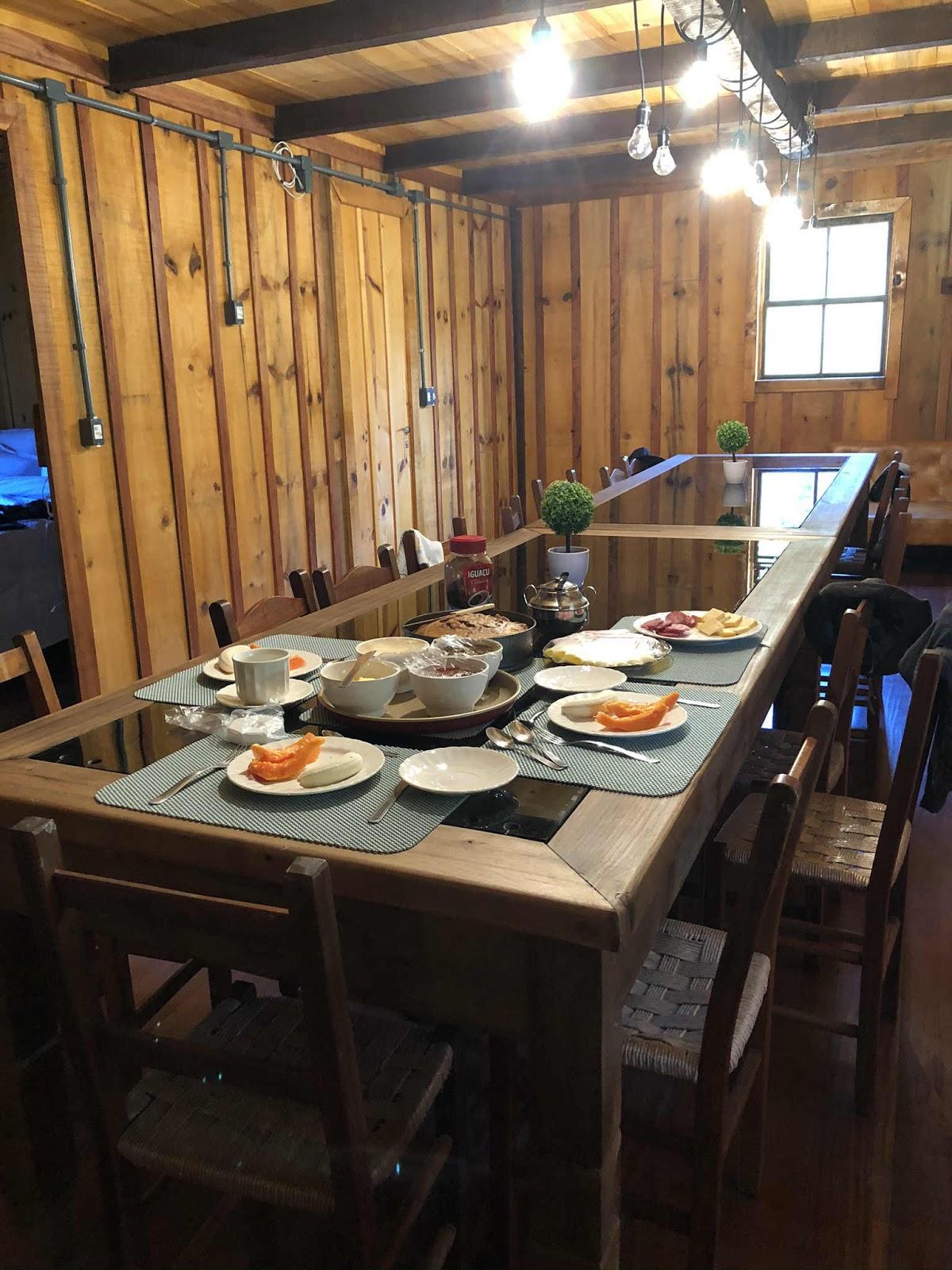 Café da manhã na Vinícola Colombo