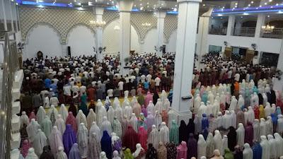 5 Sholat Sunnah yang dianjurkan untuk berjamaah