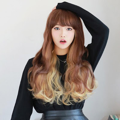 20 Inch Wave Ombre Fabulous Pretty Long Synthetic Wigs –Price:$22.50