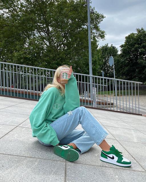 Trending: Women's Air Jordan 1 Retro in Lucky Green