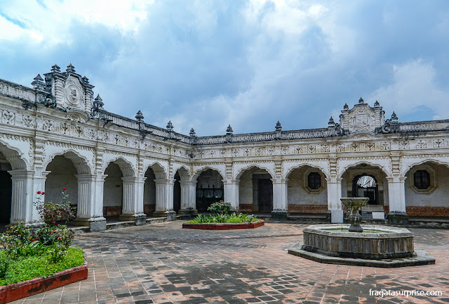 Museu de Arte Colonial de Antigua Guatemala