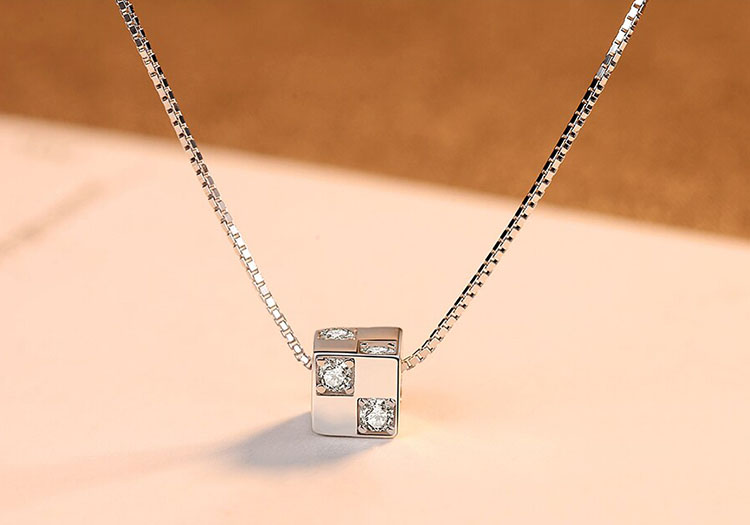 魅力四射鋯石 925純銀項鍊